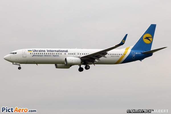 Boeing 737-9KV/ER (Ukraine International Airlines)