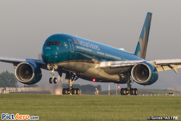 Airbus A350-941 (Vietnam Airlines)