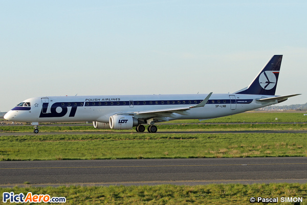 Embraer ERJ-195LR (ERJ-190-200LR) (LOT Polish Airlines)