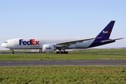 Boeing 777-FS2 (N889FD)