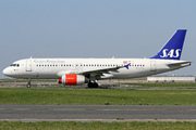 Airbus A320-232 (OY-KAL)