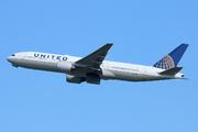 Boeing 777-222/ER (N204UA)