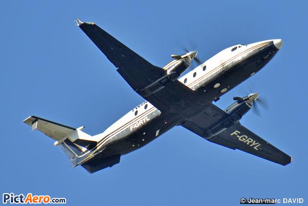 Beech 1900D (Twin Jet)