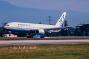 Boeing 777-267 (N7771)