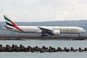 Boeing 777-31H/ER (A6-ENI)