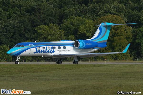 Gulfstream Aerospace G-IV-X Gulfstream G450 (Sandals Resorts International)