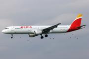 Airbus A321-211 (EC-IJN)