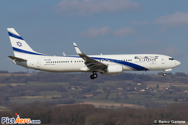 Boeing 737-958ER(WL) (El Al Israel Airlines)