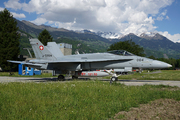 McDonnell Douglas F/A-18C Hornet (J-5004)