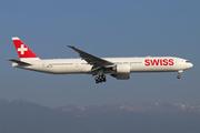 Boeing 777-3DE(ER) (HB-JNH)