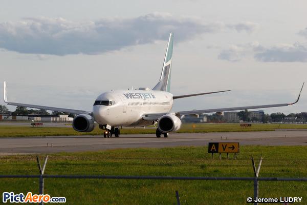 Boeing 737-7CT (WL) (WestJet Airlines)