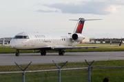 Canadair CL-600-2B19 CRJ-200LR