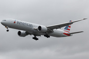 Boeing 777-323/ER (N730AN)