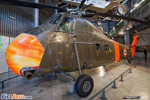 Sikorsky H-34A Choctaw (Musée de l'Air et de l'Espace du Bourget)