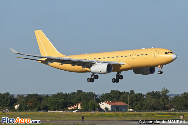 Airbus A330-203 (Airbus Industrie)