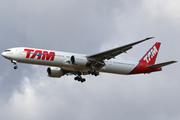 Boeing 777-32W/ER (PT-MUB)