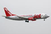 Boeing 737-377 (G-CELA)