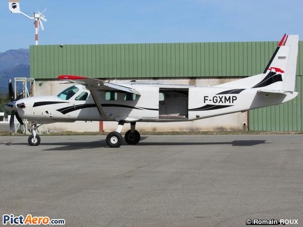 Cessna 208B Grand Caravan (Centre Ecole Parachutisme Sportif de l'Ariège)