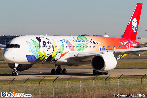 Airbus A350-941 (Sichuan Airlines)