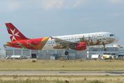 Airbus A320-214 (9H-AEO)