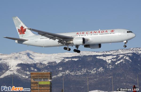 Boeing 767-375/ER (Air Canada)