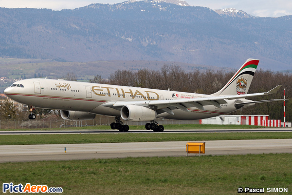 Airbus A330-343X (Etihad Airways)