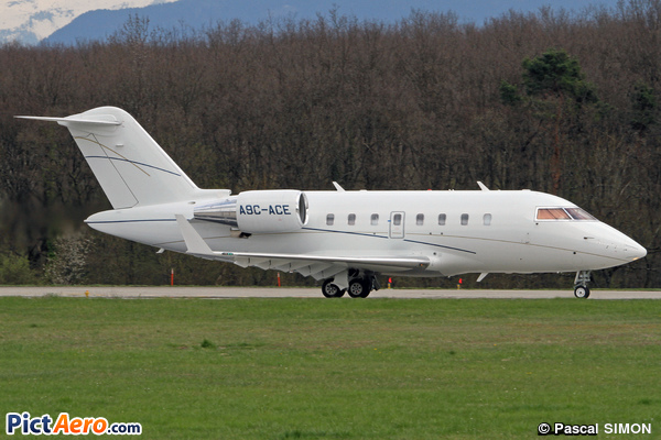 Canadair CL-600-2B16 Challenger 605 (TAG Aviation )