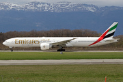 Boeing 777-31H/ER (A6-EGQ)