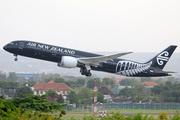 Boeing 787-9 Dreamliner (ZK-NZE)