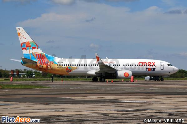 Boeing 737-8Q8/WL (Azur Air Ukraine)