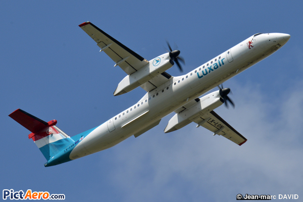 De Havilland Canada DHC-8-402Q Dash 8 (Luxair - Luxembourg Airlines)