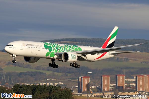 Boeing 777-31H(ER) (Emirates)