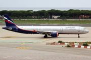 Airbus A321-211 (VQ-BEI)
