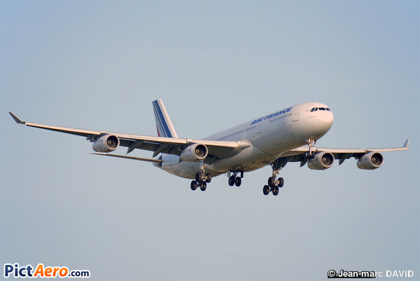 Airbus A340-313X (Air France)