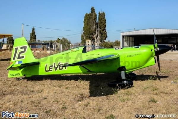 Zivko Edge 540 V2 (François Le Vot)