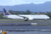 Boeing 787-9 (HZ-AR12)