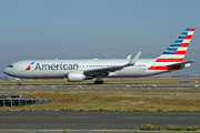 Boeing 767-323/ER (N348AN)