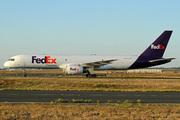 Boeing 757-23A(SF) (N922FD)