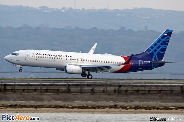 Boeing 737-8Q8/WL (Sriwijaya Air)