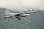 Lockheed Martin F-16B-20-CF (6823)