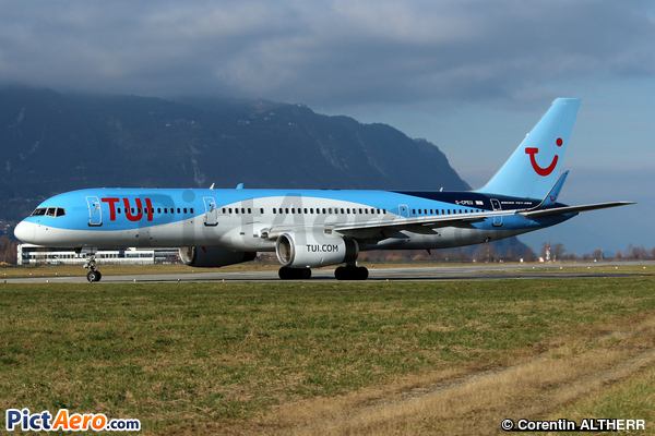 Boeing 757-236 (Thomson Airways)