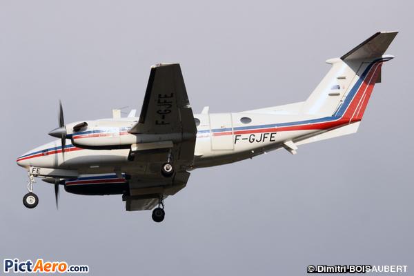 Beech Super King Air 200 (France - Direction Générale de l'Aviation Civile)