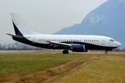 Boeing 737-505 (9H-AHA)