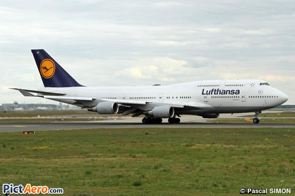 Boeing 747-430 (Lufthansa)