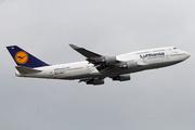 Boeing 747-430 (D-ABVU)