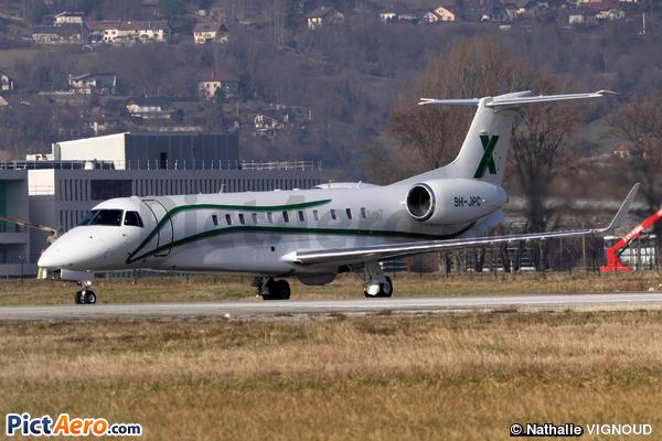 Embraer ERJ-135BJ Legacy 600 (Air X Charter Ltd)