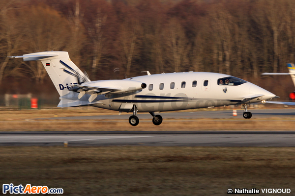 Piaggio P-180 Avanti (Vibro Air Services)