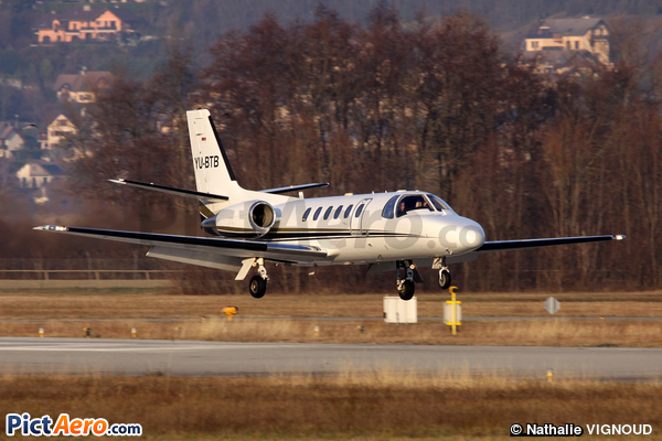 Cessna 550B Citation Bravo (Air Pink)