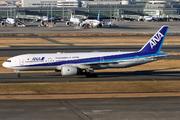 Boeing 777-281 (JA714A)