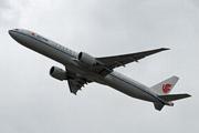 Boeing 777-39L(ER) (B-2040)